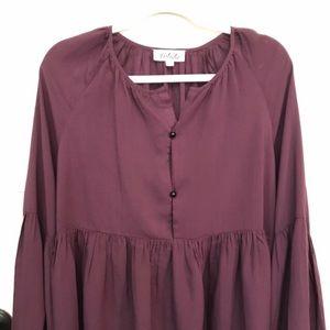 Listicle burgundy top